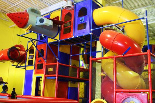 Burlington Homepage | Amazing Adventureland | Indoor Playland & Parties